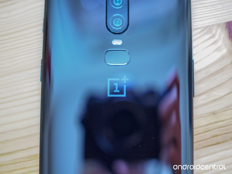 oneplus-6-hands-on-30.jpg?itok=r6-hDtyF