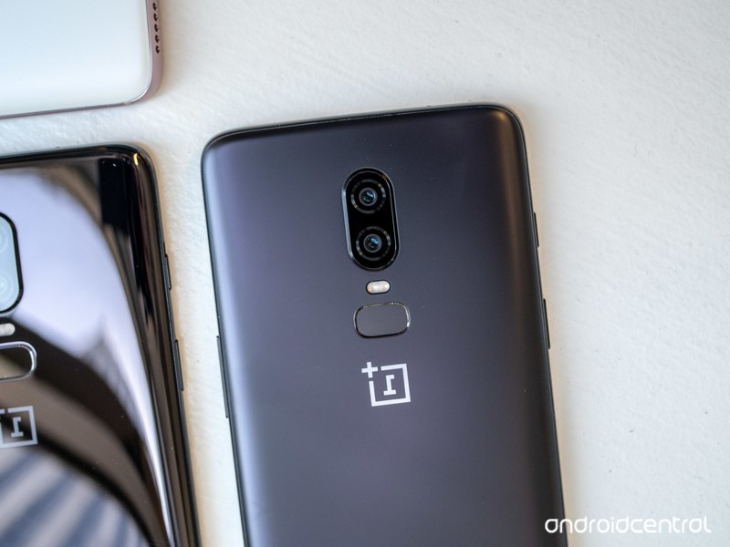 oneplus-6-hands-on-22.jpg?itok=pvK2-5NI