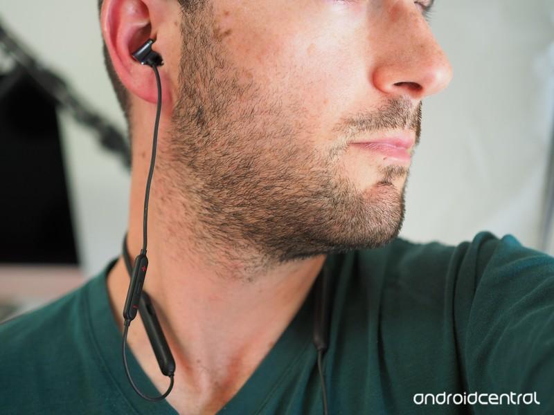 oneplus-bullet-wireless-earbuds-1.jpg?it