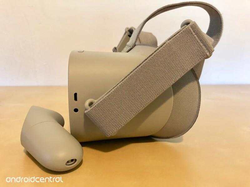 oculus-go-strap-arm.jpg?itok=1f6nD_fb