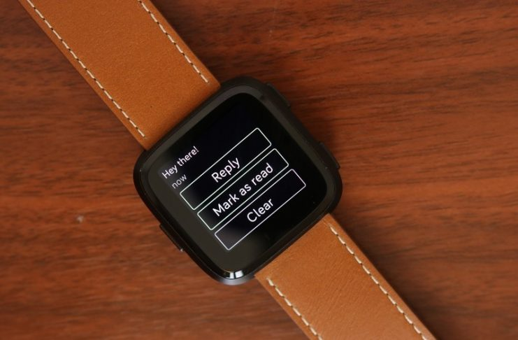 Quick Replies make the Fitbit Versa a much better smartwatch