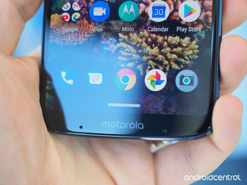 moto-z3-play-hands-on-15.jpg?itok=F85gkJ