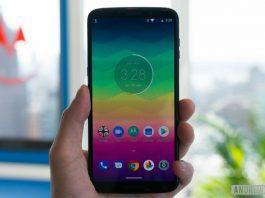 Moto Z3 Play hands-on: Dual cameras meet Moto Mods