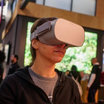 oculus-go-449b.jpg?itok=1WTSNUNt