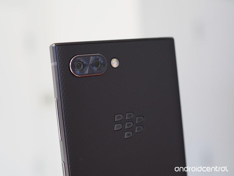 blackberry-key2-preview-11.jpg?itok=oOYv