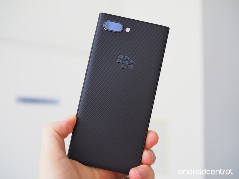 blackberry-key2-preview-10.jpg?itok=to1d
