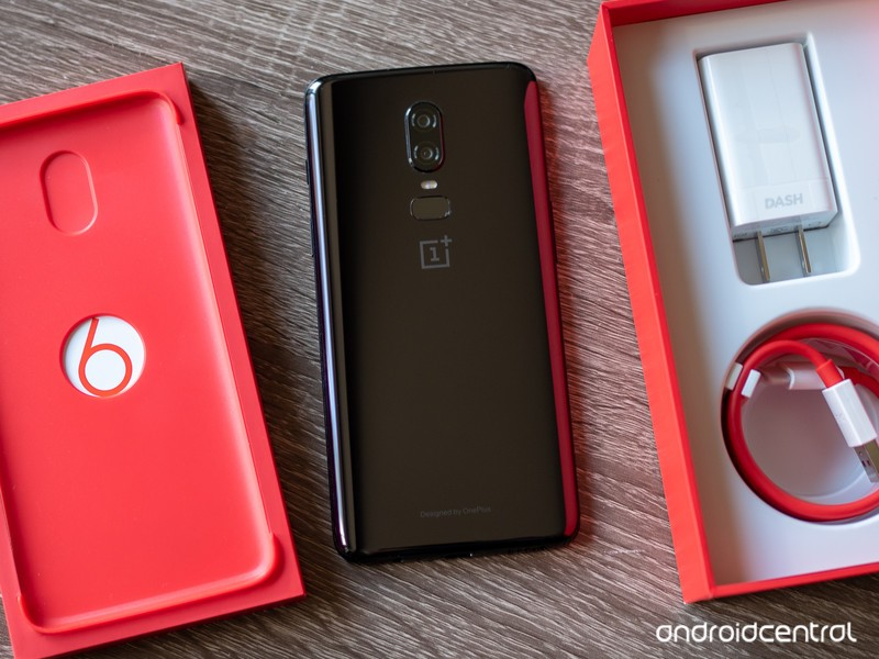 oneplus-6-mirror-black-with-boxes.jpg?it