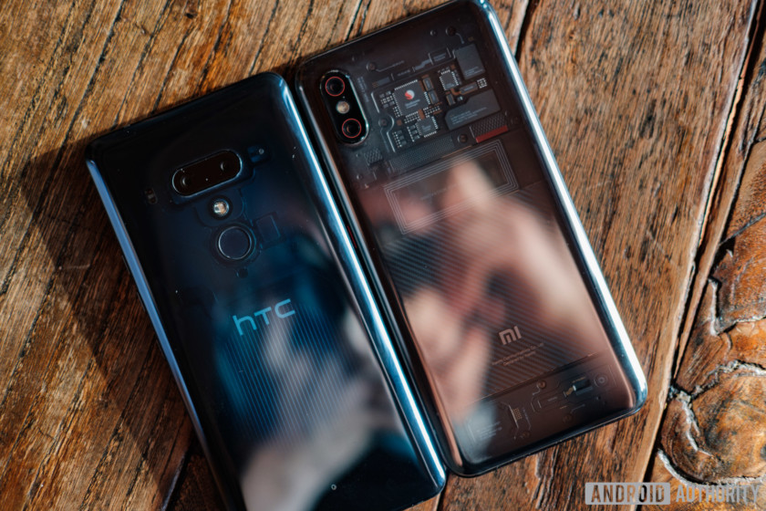 xiaomi mi 8 and htc u12 plus side by side