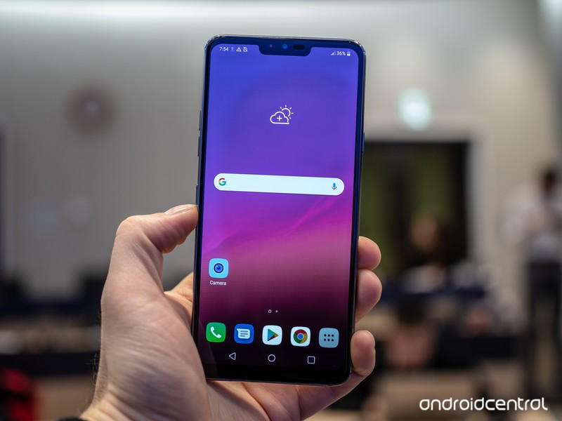 lg-g7-hands-on-2.jpg?itok=G9u5PCB6