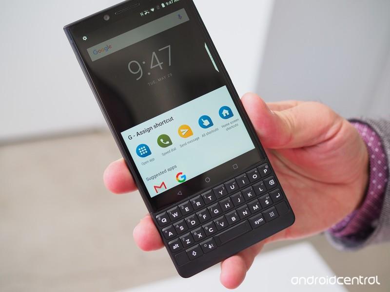 blackberry-key2-preview-18.jpg?itok=YLkx