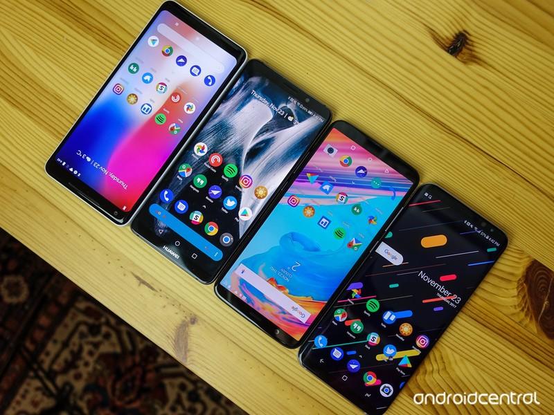 6-inch-phones-2.jpg?itok=3unYEB-6
