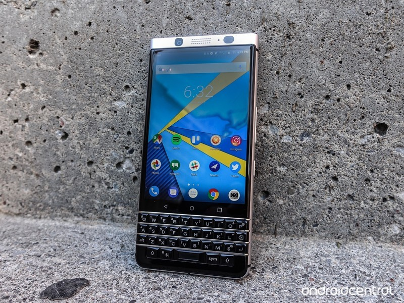 blackberry-keyone-review-40.jpg?itok=31z