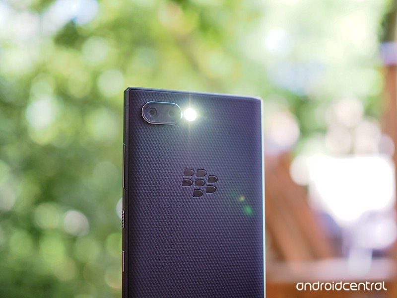 blackberry-key2-review-21.jpg?itok=oCa6t