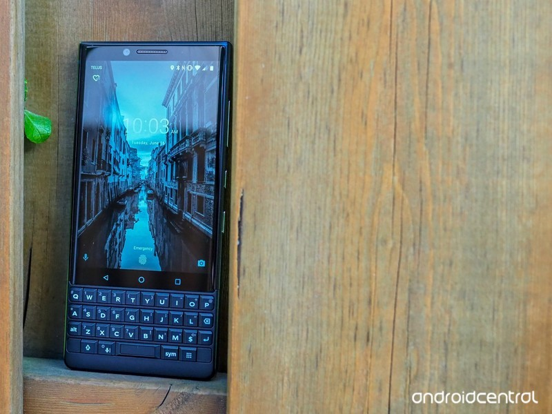blackberry-key2-review-13.jpg?itok=lhBH7