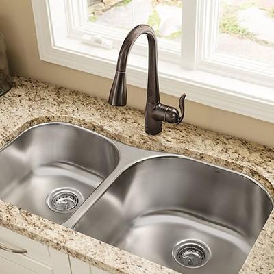 moen-faucet-3omf.jpg?itok=FShSlB-S