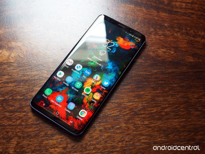 galaxy-s9-plus-review-16.jpg?itok=dbFEd6
