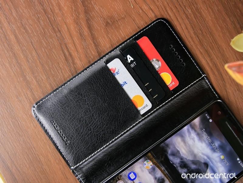 pixel-2-maxboost-wallet-case-2.jpg?itok=
