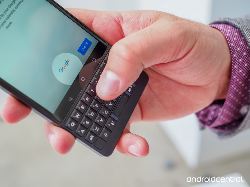 blackberry-key2-preview-17.jpg?itok=Zcog