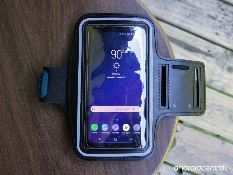 galaxy-s9-workout-case-armband-hero.jpg?