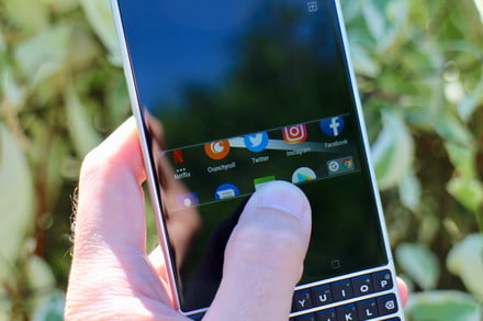 How to use BlackBerry's Privacy Shade