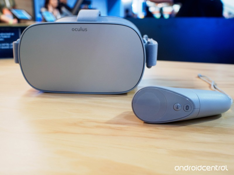oculus-go-with-controller.jpg?itok=8tzQS