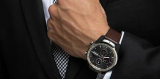 The Ticwatch Pro solves smartwatch battery woes with clever new screen tech