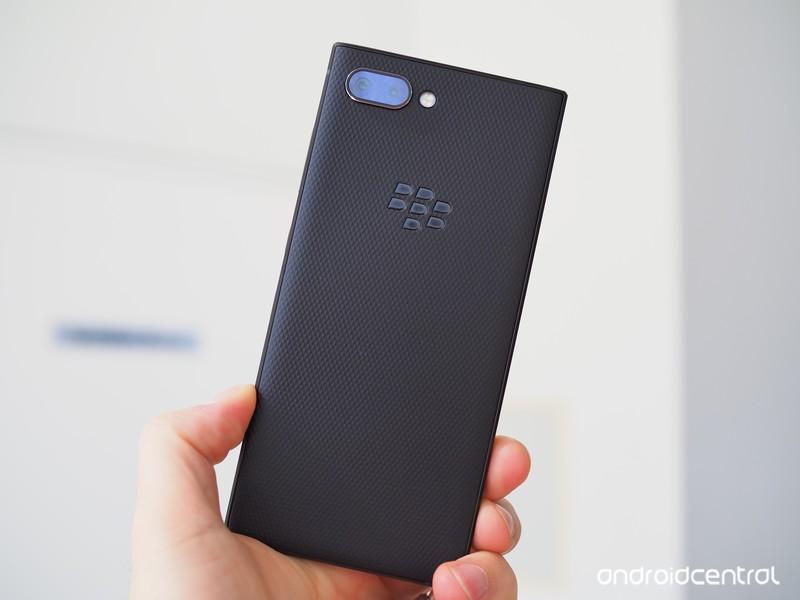 blackberry-key2-preview-10.jpg?itok=to1d