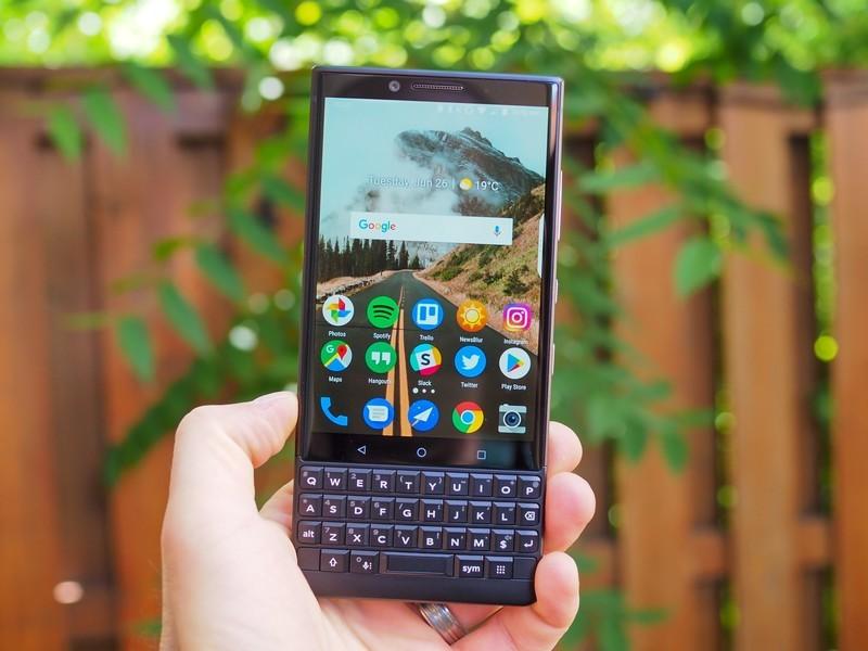 blackberry-key2-review-17.jpg?itok=YRbkC