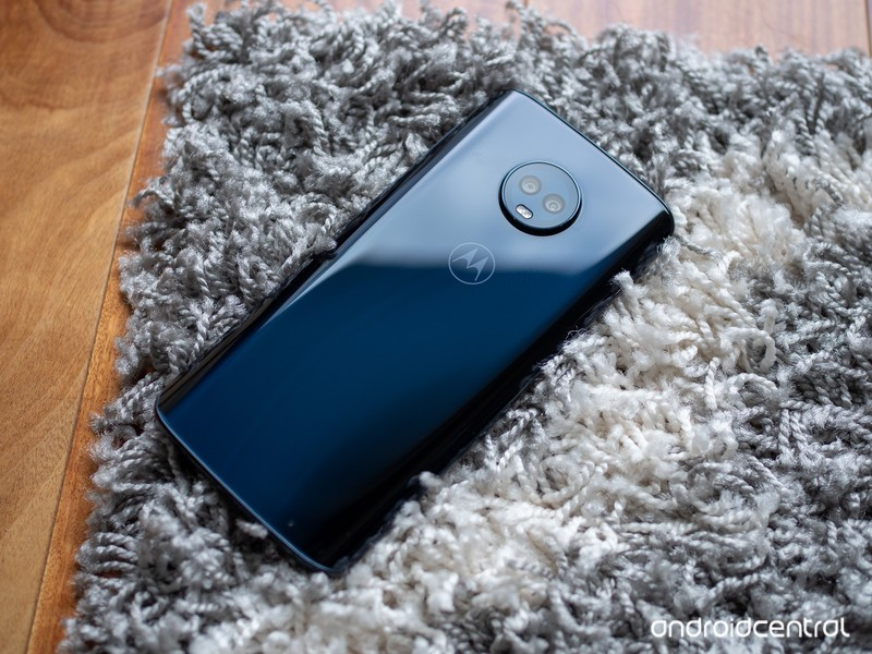 moto-g6-plus-deep-blue-4.jpg?itok=JrC9uP