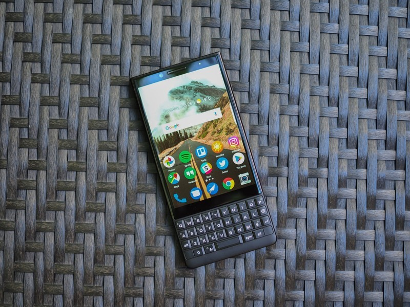blackberry-key2-review-7.jpg?itok=J9Xbgy