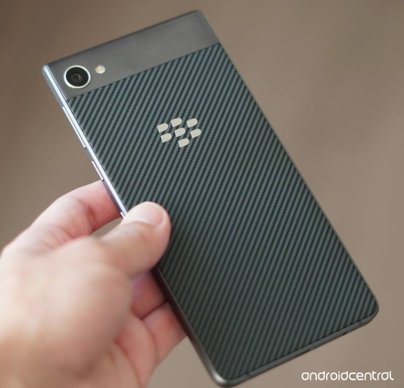blackberry-motion-proper-1.jpg.jpg?itok=