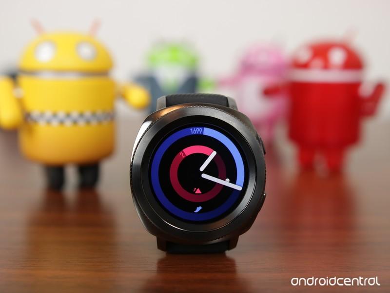Samsung-Gear-Sport-Header_0.JPG?itok=ZcH
