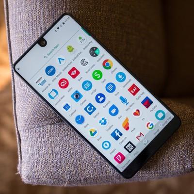 essential-phone1.jpg?itok=LNbOCYQ1