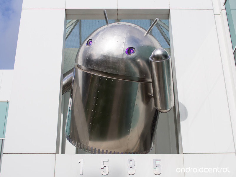 chrome-android-statue-4_0.jpg?itok=kR370