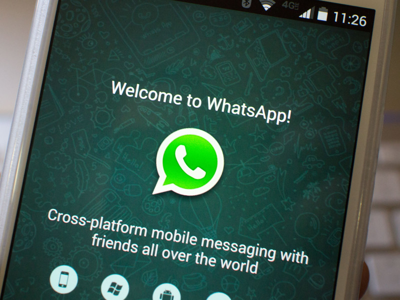 whatsapp-welcome-moto-x-hero.jpg?itok=mE