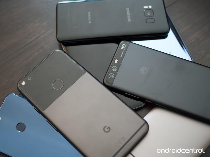 pile-of-phones-mid-2017-2.jpg?itok=e8Hum
