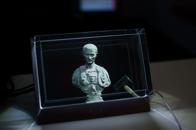 looking glass holographic display
