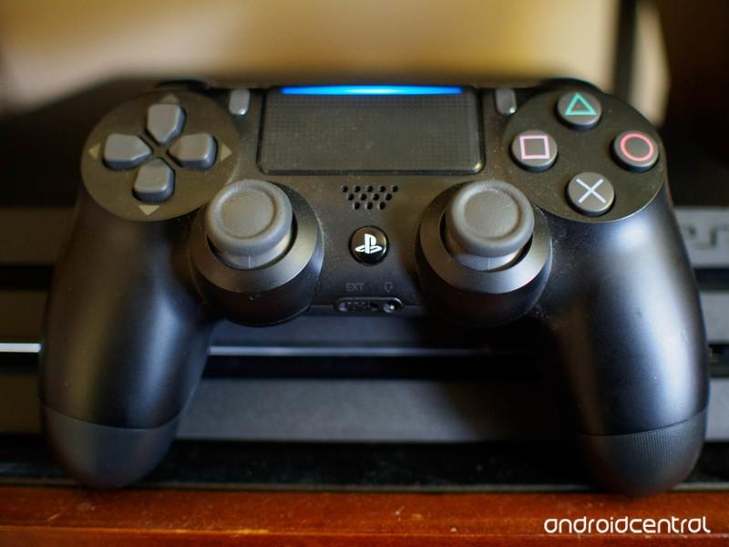 dualshock-console.jpg?itok=48zzDMY6