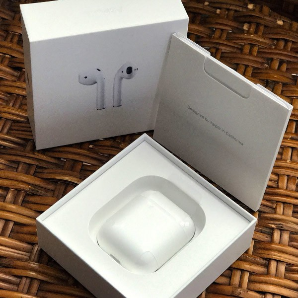 apple-airpods-open-box-231z.jpg?itok=Dk_