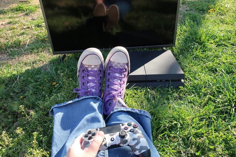 outdoor-playstation-4.jpg?itok=gsIURdMa