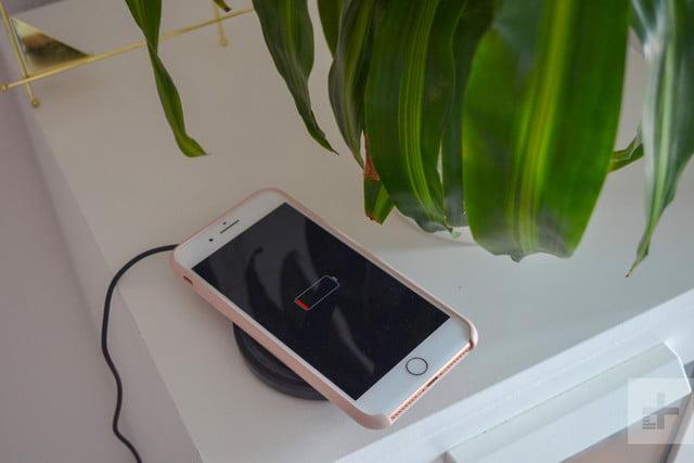 Belkin BoostUp Wireless Charging Pad phone