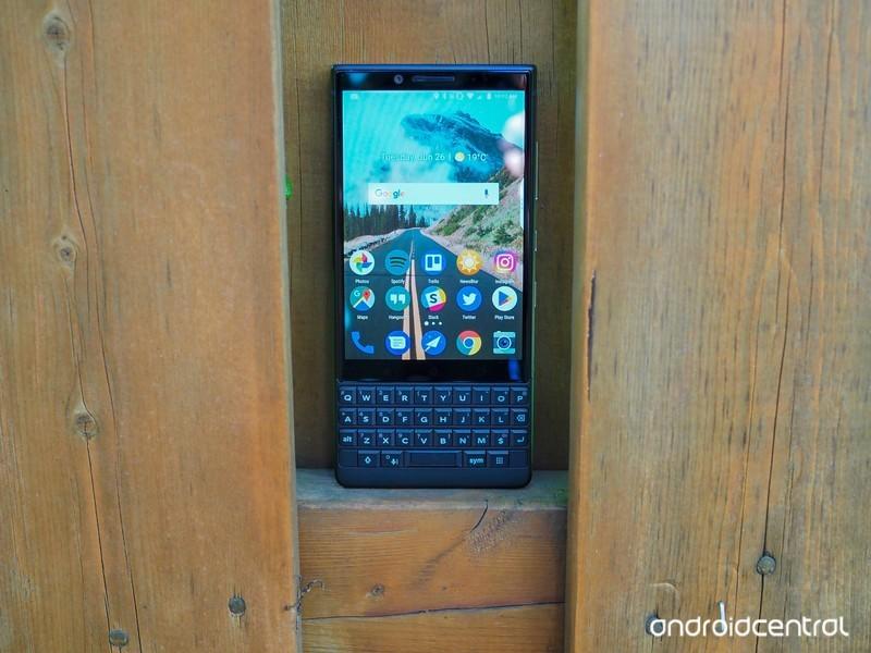 blackberry-key2-review-12.jpg?itok=gonGX