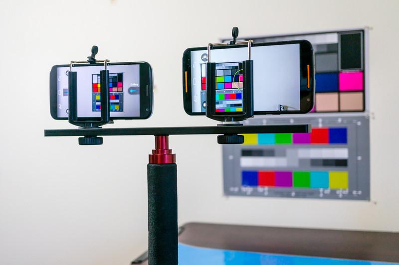 Moto-x-vs-Moto-X-camera-2.jpg?itok=1UDpH