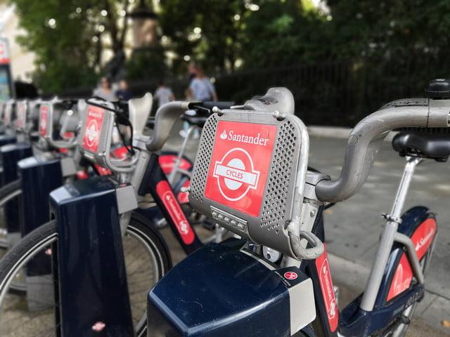 honor play photo bikes