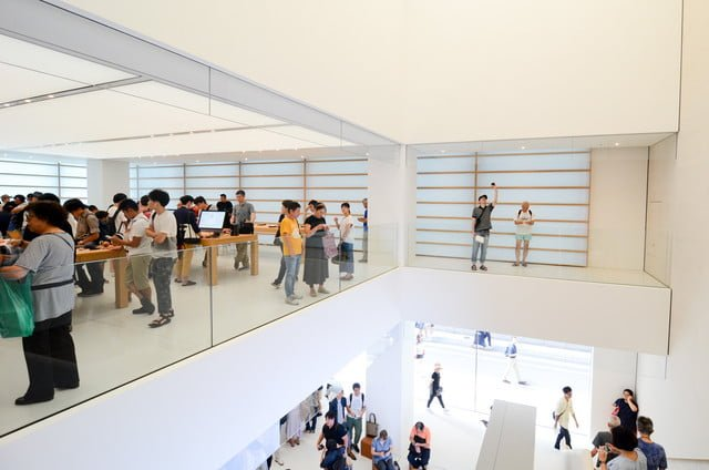 apple store opens in kyoto japan trevor mogg dt 8