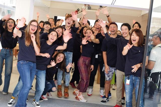 apple store opens in kyoto japan trevor mogg dt 5