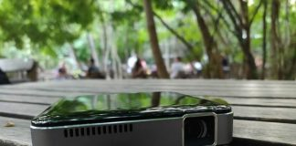 Apeman M4 review: A tiny, compact projector that you can take anywhere