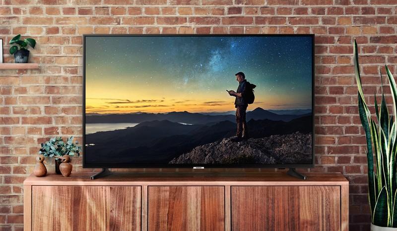samsung-4k-curved-tv.jpg?itok=eopxp5Hw