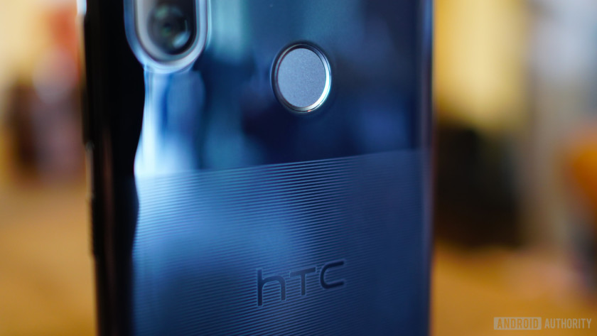 HTC U12 Life etched acrylic design logo and fingerprint scanner