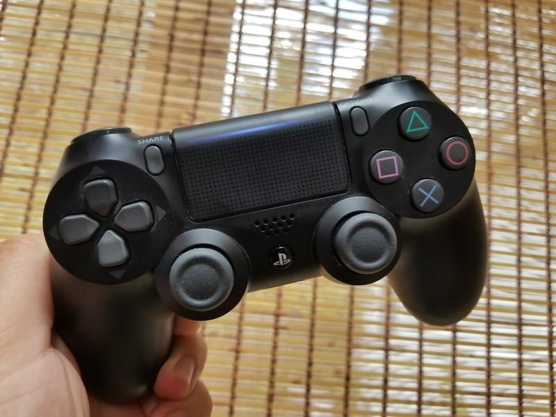 dualshock4-controller.jpg?itok=xgWV6IWs